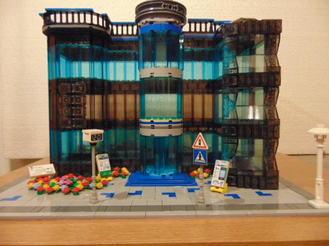 "LEGO® MOC by Chyck: Magazinul de ""sticla"""