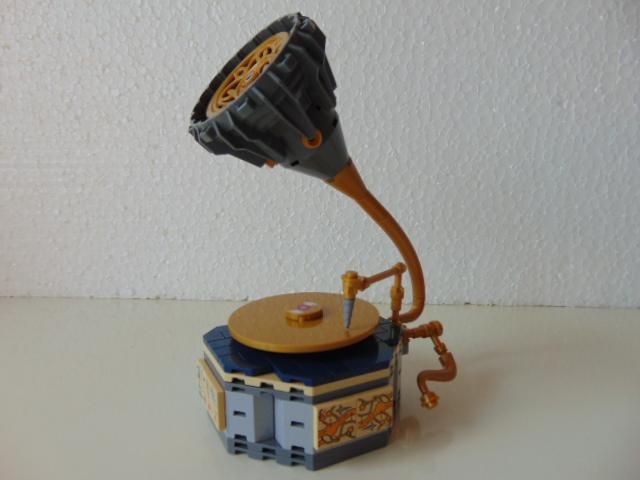 LEGO® MOC by Chyck: Gramofon