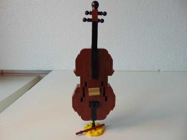 LEGO® MOC by Chyck: Violoncel