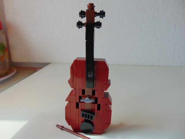 LEGO® MOC by Chyck: Viola