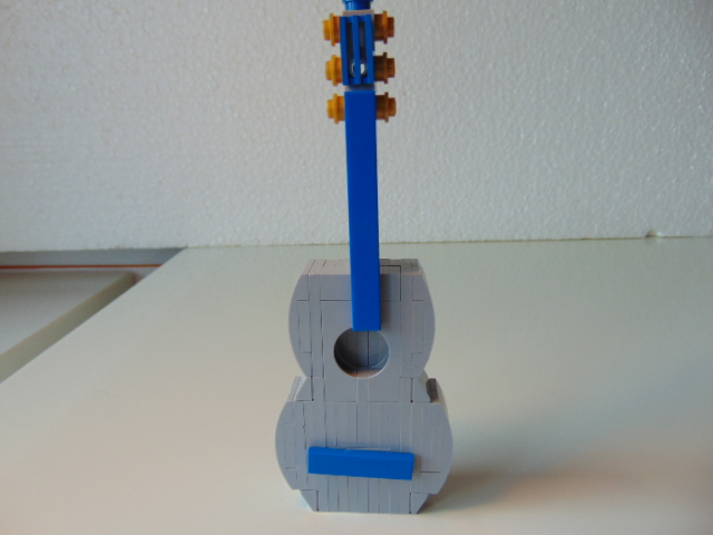 LEGO® MOC by Chyck: Chitara clasica