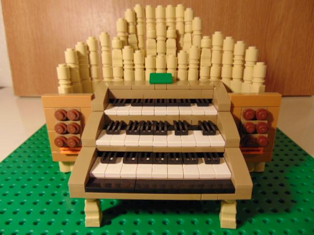 LEGO® MOC by Chyck: Orga clasica