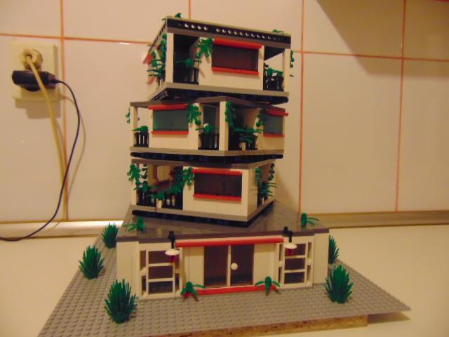 LEGO® MOC by Chyck: Casa rotativa